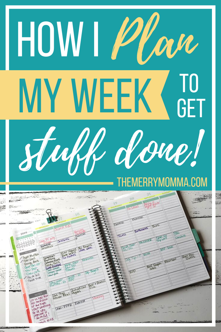 Do you wake up Monday morning already feeling behind? Do you wish you could be more productive throughout the week? This is how I plan my week to achieve my goals, bring order to my days, and get stuff done!